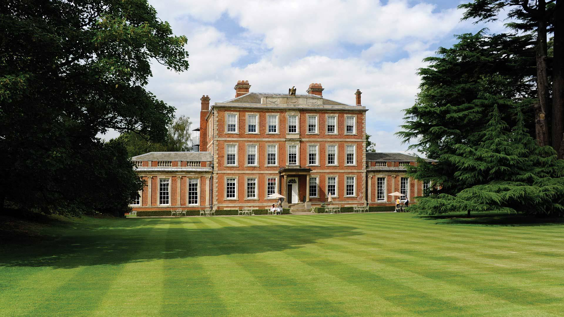 Country Hotels Near York