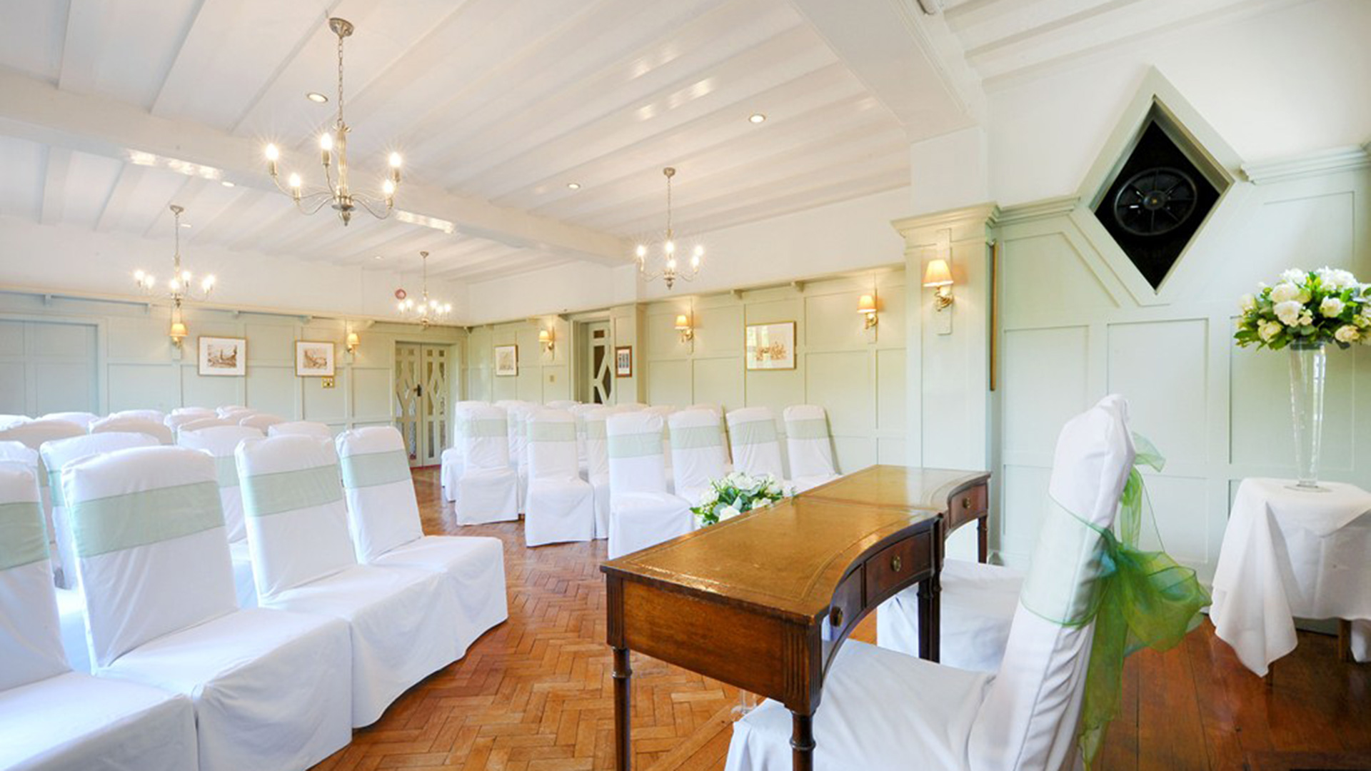 Montagu Arms Hotel, Beaulieu, New Forest, Hampshire - Pride of ...