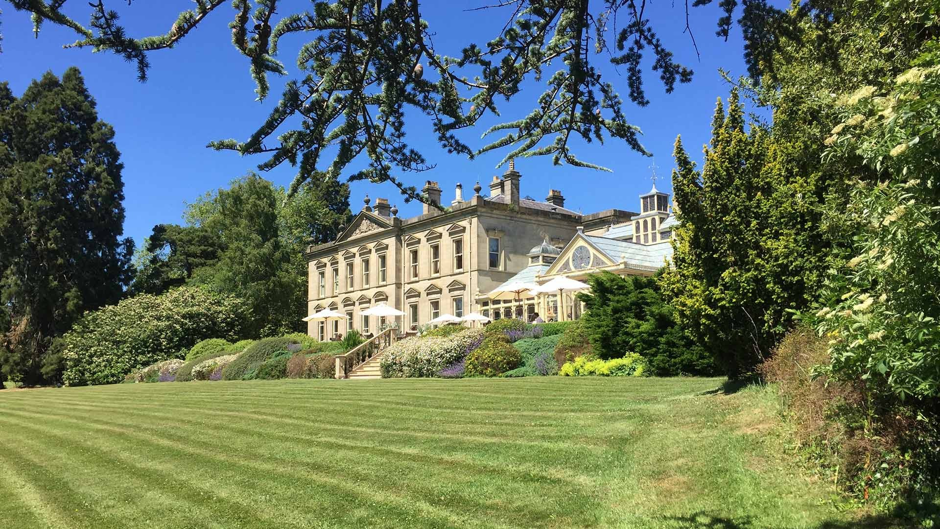 Kilworth house hotel theatre lutterworth leics pride for Classic uk house