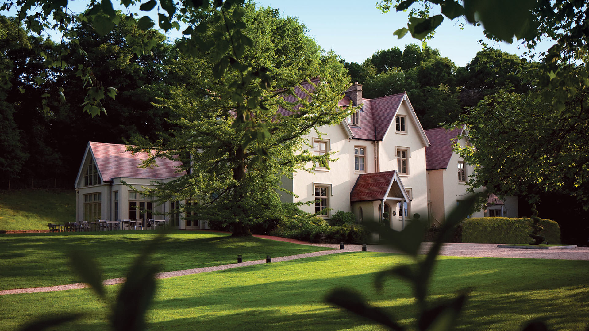 Maison talbooth hotel essex luxury country house hotels - Suffolk hotels with swimming pool ...