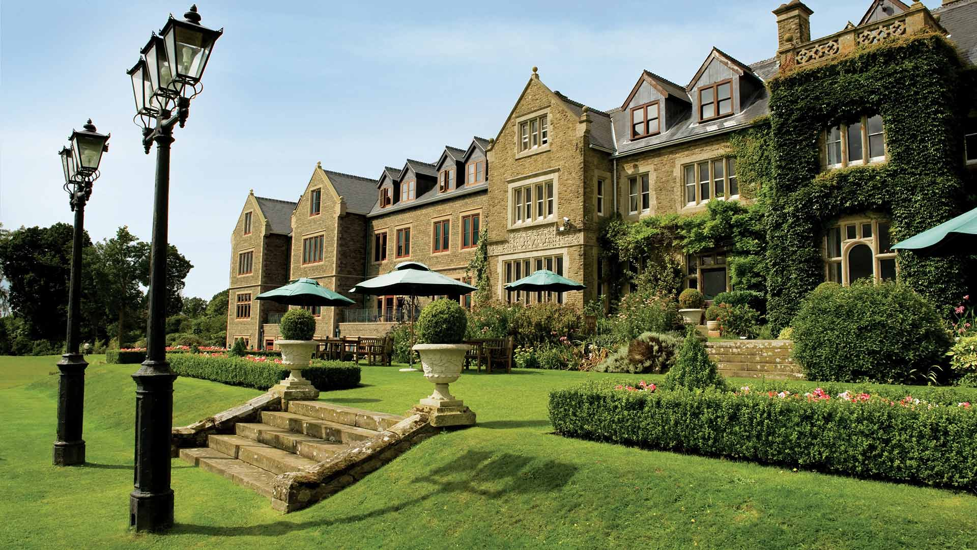 South lodge upcoming events pride of britain hotels for Small hotels of the world uk