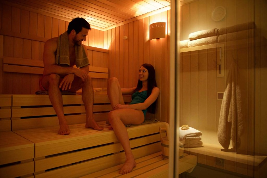 Spa-Day-Couples-Sauna-D42R1429 small pix