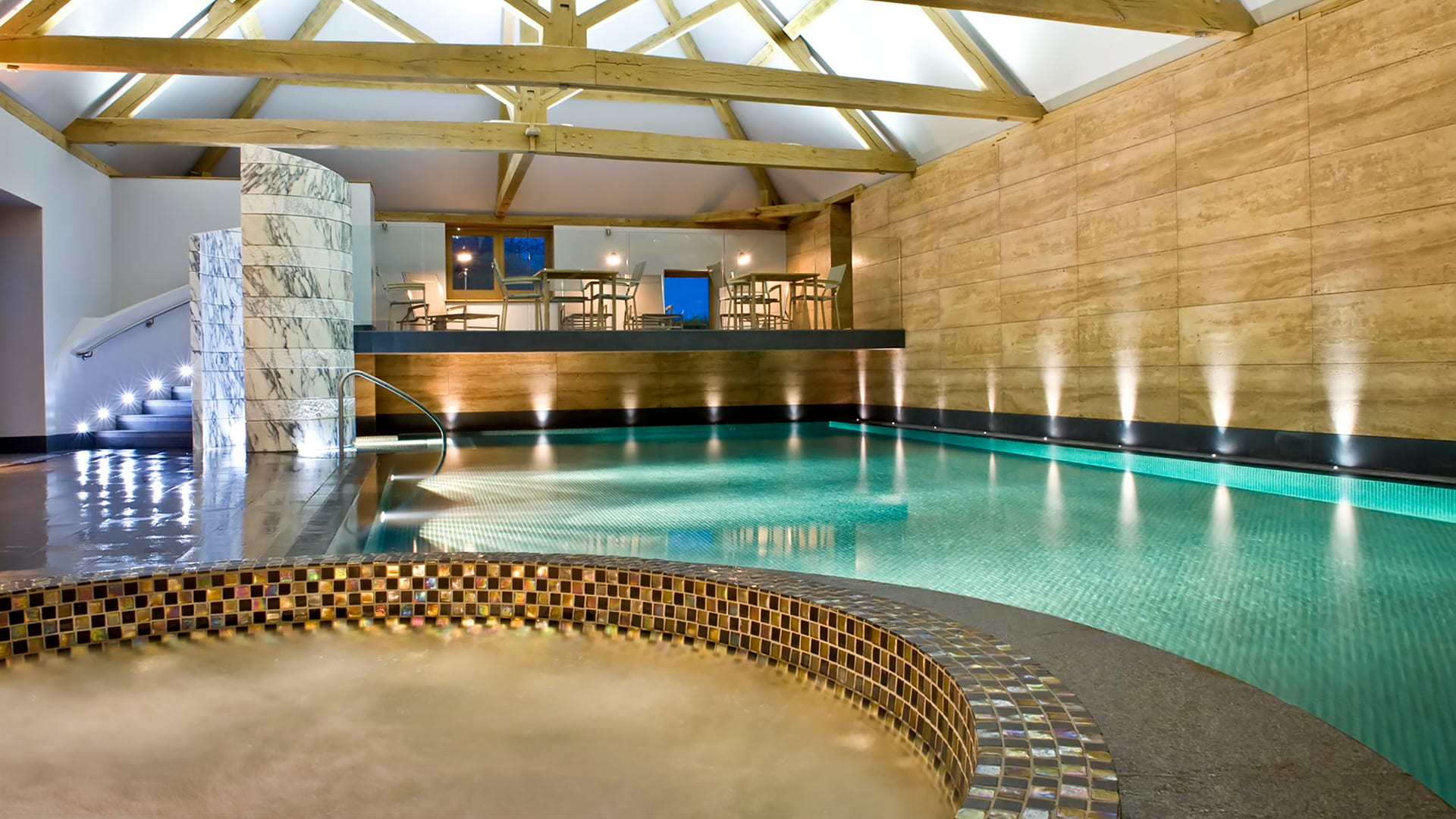 Luxury Hotels With Swimming Pools